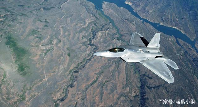 中国终于发威了!有了它歼10可击落F22,美国专