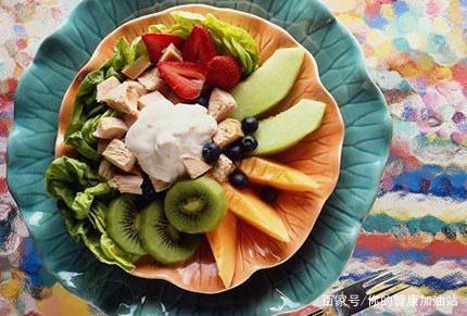 减肥一天吃多少卡路里消耗多少卡路里减一斤-轻博客