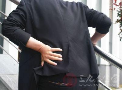 腰肌劳损症状 这6种感觉多是腰肌劳损要重视