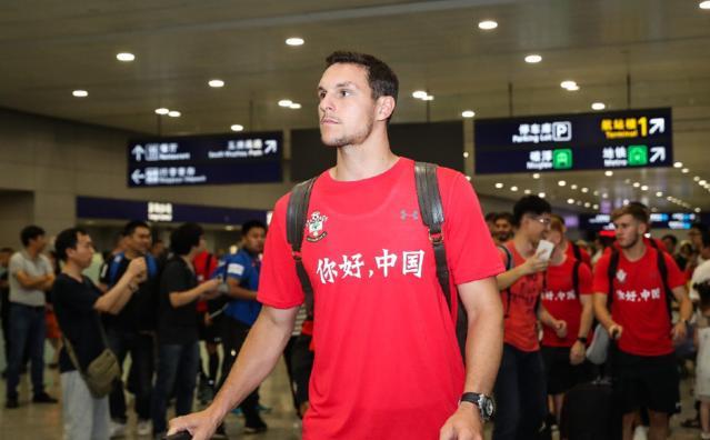 2018足球热身赛前瞻,南安普敦抵达上海,红上衣
