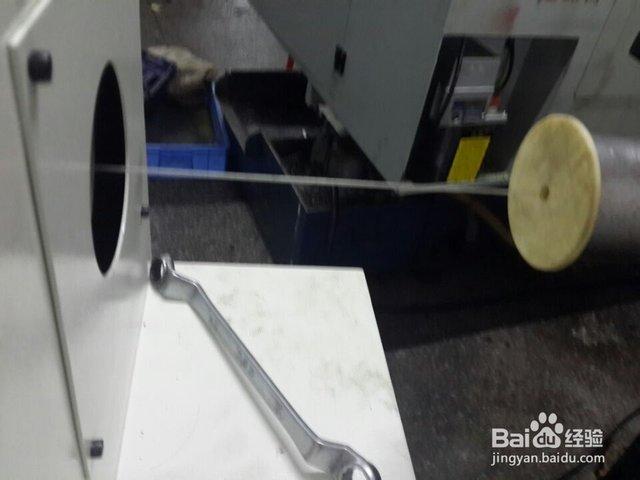自动棒材送料机_油浴数控车床送料机如何安装?