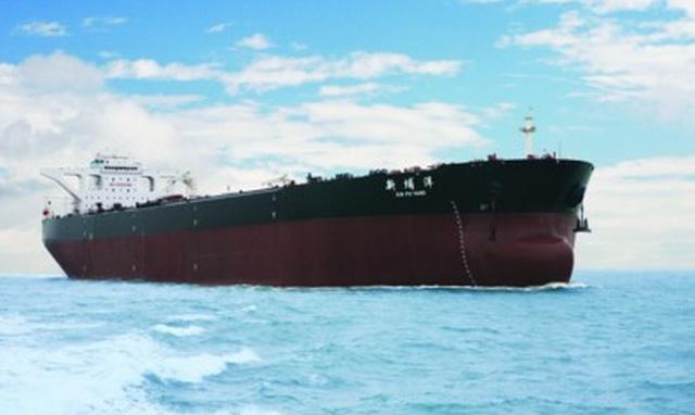 中国最大油轮,满载排水量达到35万吨相当于3艘