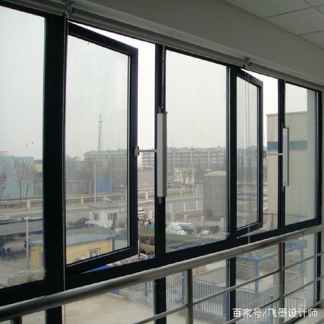 真聪明!厨房装这种材质的窗户,防火隔烟,比普通窗户安全有保障