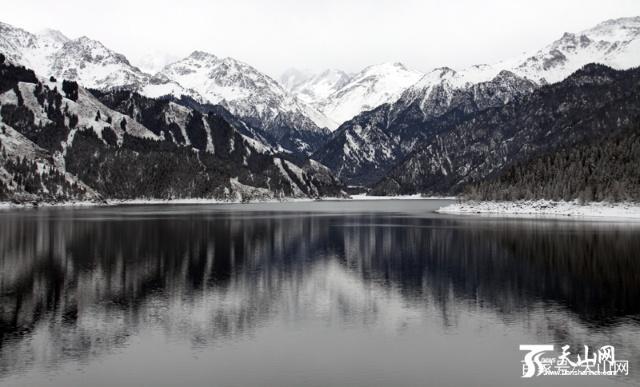 天山天池将举办第十七届冰雪风情节