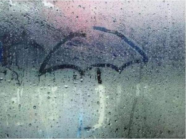 空调除湿和除湿机哪个好?开除湿机要关门窗吗?好多人选错!