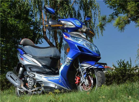 最火的踏板车之一,弯道情人,150cc动力强劲,售1.9万