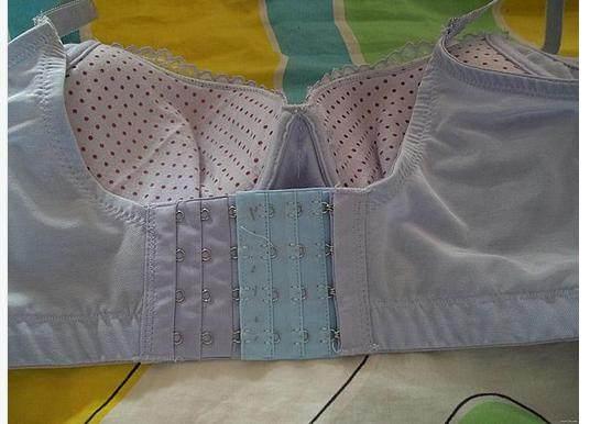 胸罩后搭扣太紧扣不上可使用加长扣,那后搭扣太松怎么办?