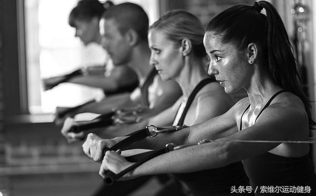 5个动作瘦腰腹部:在家练出好身材!-轻博客