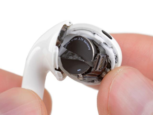 拆了AirPods Pro发现装不回去了,电池容量只有0.16Wh