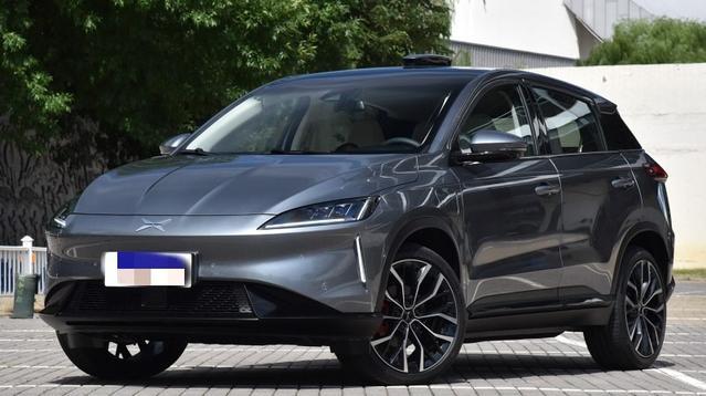 小鹏汽车推出的2018首款纯电动 双十二上市
