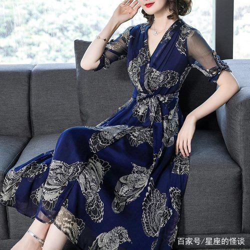 """哇,新出炉的""""时尚女装"""",出门穿时髦优雅倍有面,还特凉快"""