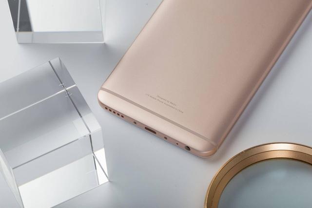 销量口碑双丰收,魅蓝Note 6成千元机旗舰新标杆
