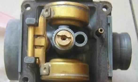 """解决摩托车化油器漏油现象的四大""""秘笈"""",剖析原因教授方法!"""
