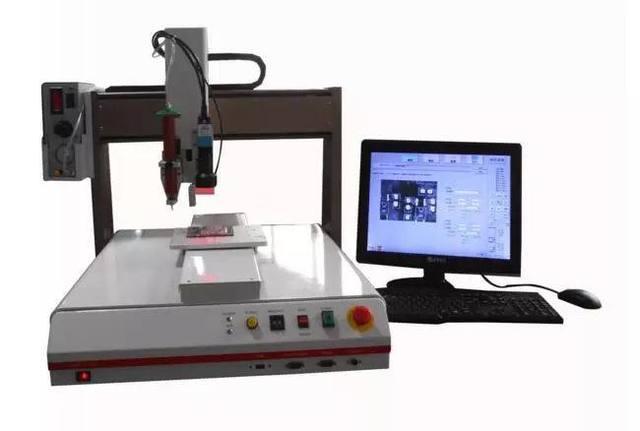 点胶机安装视觉运动控制系统有什么好处?看看文章怎么说