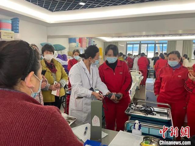 上海將有2000名機構養老照護服務評估師持證上崗
