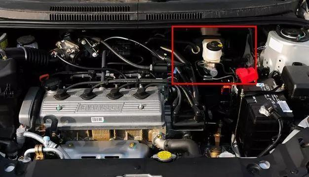 看懂汽车机油5w30和5w40的区别,弄明白了保养不被忽悠