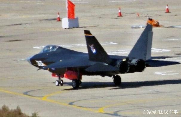美国分身乏术,伊朗趁机购买中国战机,歼31要买