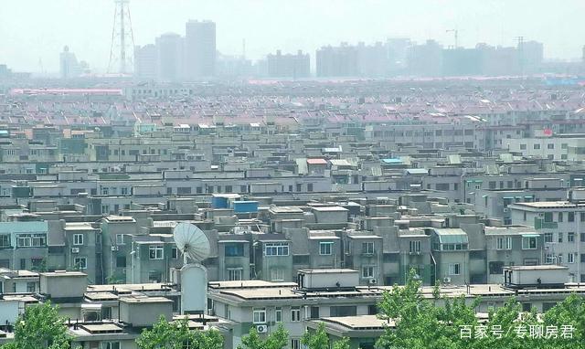 2018年楼市即将收官,从房产专家任志强明年房价分析中关注三点