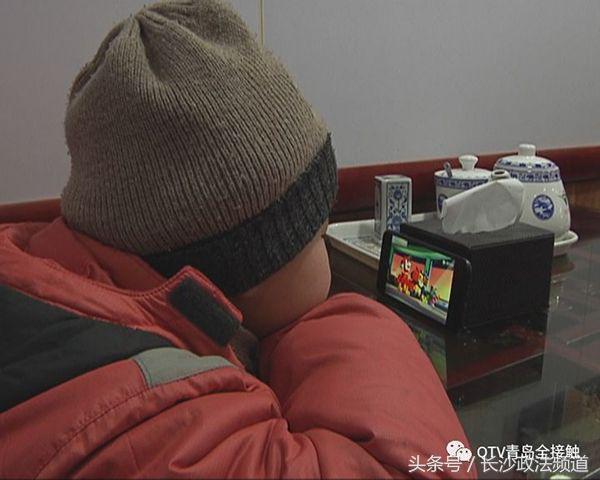 青岛通报六岁儿童送快递:其父生前工友带来务工,救助已启动