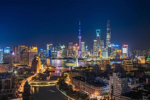 上海六月游,最值得Pick的街拍点全包揽