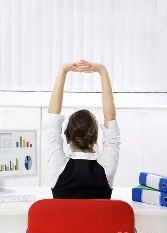 办公室脊柱理疗瑜伽,缓解肩颈背酸痛