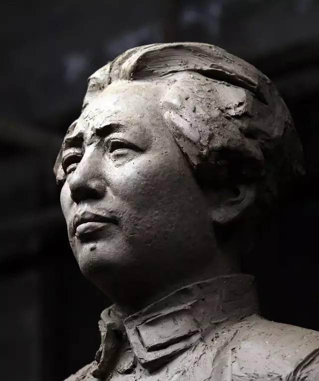 年轻毛主席铸铜人物肖像雕塑