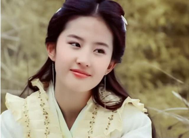 什么是和母亲共用一张脸?看到刘亦菲妈妈近照你就知道了