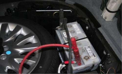 更换蓄电池的注意事项有这些_长沙电瓶更换(图2)