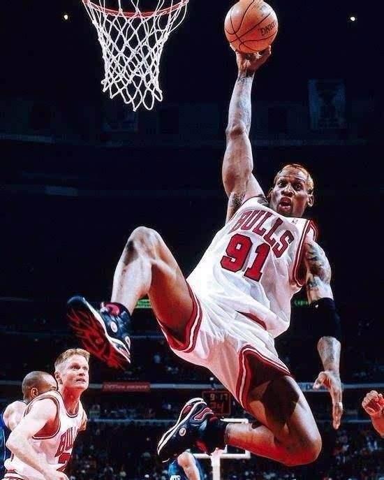 为什么罗德曼和巴克利身高不算高,却抢篮板球