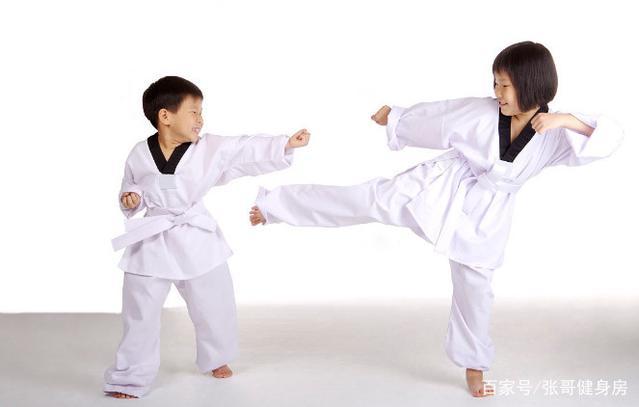 女生学习跆拳道的好处