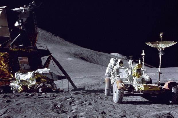 四十年前的美国阿波罗号登月究竟是不是真的?
