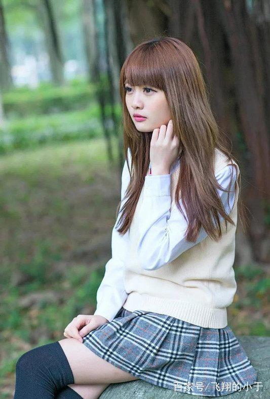 街拍:日本唯美高中女生