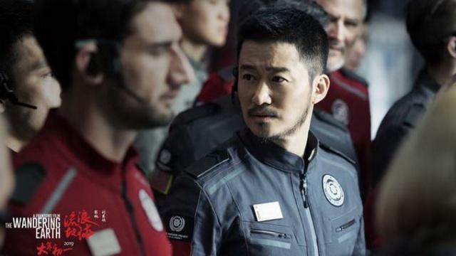 """吴京拍烂比没拍强《流浪地球》成中国电影另一个""""爆款"""""""
