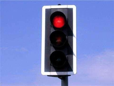 驾驶证查询异地违章,违章查询网,开车掉头,掉头等红灯,掉头违章