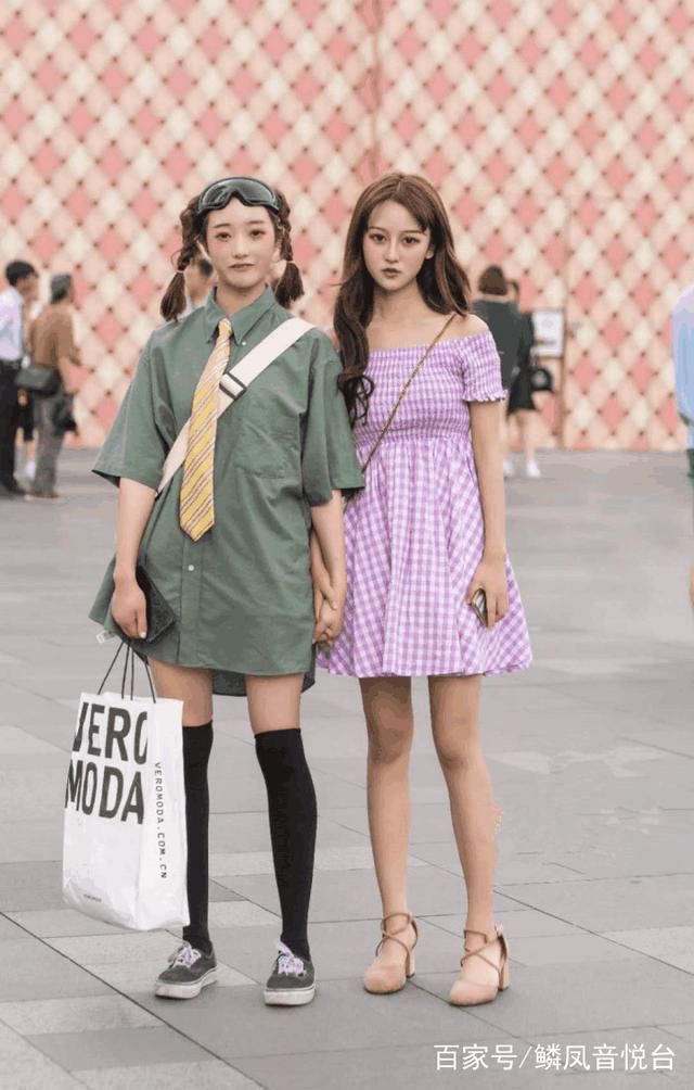 上海街拍:魔都时尚潮流,哪款最深得你心?