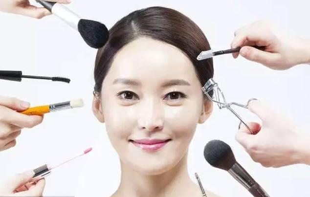 长春蓝梦化妆学校教大家日常生活妆画法