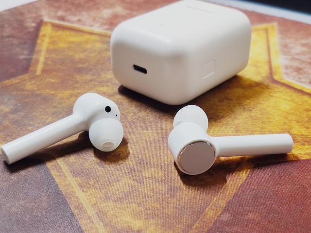 小米藍牙耳機Air之初體驗:音質好、很實用,但也有致命的缺點!