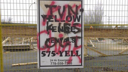 """外媒:加拿大现""""杀死中国佬""""涂鸦 啥原因"""