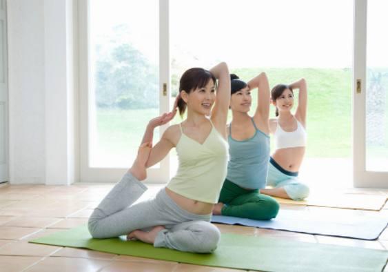 练瑜伽前最好不要吃东西,那么练瑜伽前多久不