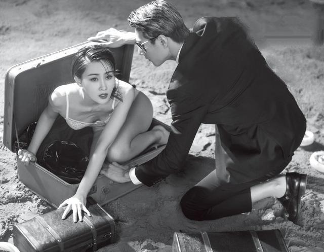 成龙公司旗下签约女艺人林鹏,功夫了得!网友:嗯