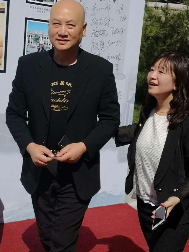 杨洁导演落葬仪式,西游记30年最全聚首,他却穿