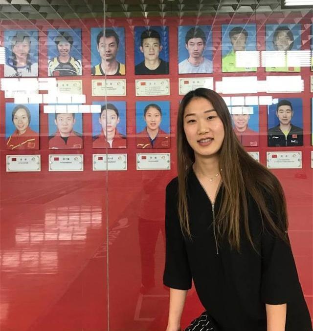 羽毛球世冠军孙瑜,25岁因伤无奈再次退役,未来继续羽毛球事业