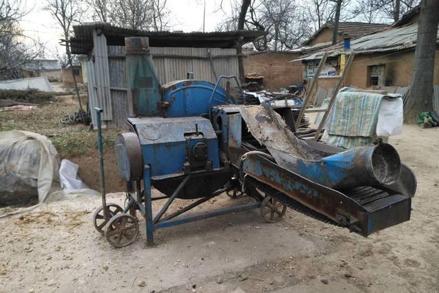 上世纪六七十年代一种农机神器,河南农民还在使用它