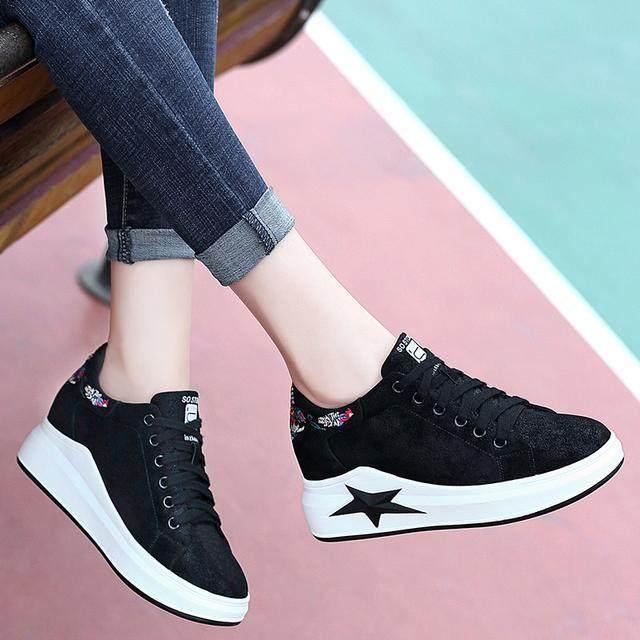 怪不得老婆不穿馬丁靴瞭,今年流行這幾款休閒鞋,一口氣買三雙