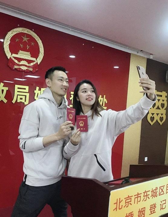 奥运冠军张楠结婚,网友深扒往事恋得知、、、、
