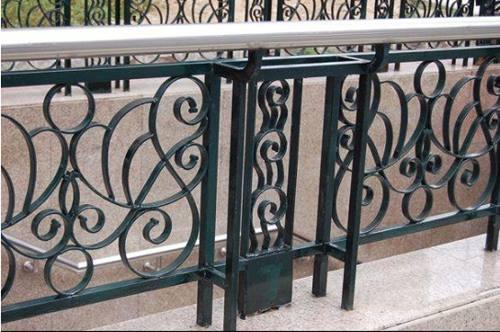 铁艺护栏的优点及工艺流程(图6)