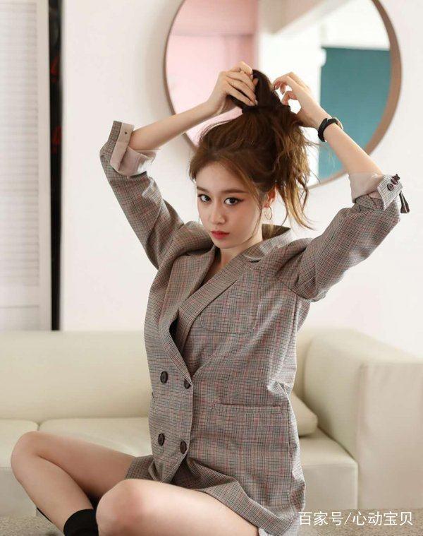 朴智妍与龙桢文化正式签署全球独家艺人经纪合约