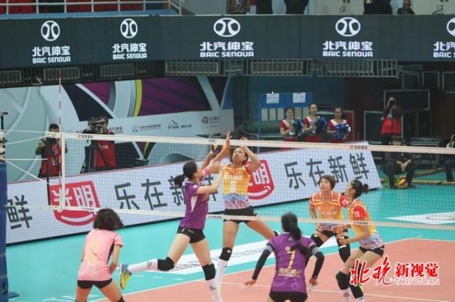 天津女排3比2战胜江苏挺进总决赛 她和李盈莹都是球队的功臣