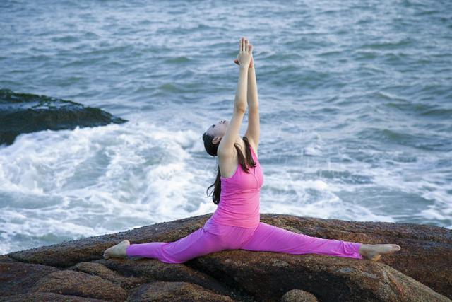 瑜伽新手,如何快速提高柔韧性?